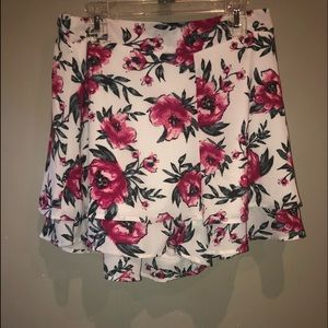 Charlotte Russe Floral Flowy Shorts